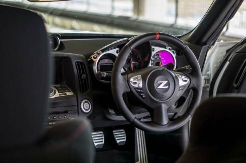 2014 Nissan 370Z NISMO Review Steering Wheel TC carwitter 491x326 - Nissan 370Z NISMO Review – Muscle Car - Nissan 370Z NISMO Review – Muscle Car