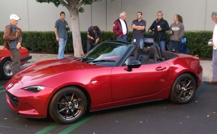 2015 Mazda MX5 Cars and Coffee Carwitter 0001 700x432 - The 2016 Mazda MX-5 at Cars and Coffee - The 2016 Mazda MX-5 at Cars and Coffee