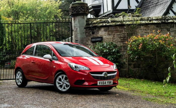 2015 Vauxhall Corsa Review Front Main carwitter 700x432 - 2015 Vauxhall Corsa Review – Superficial changes? - 2015 Vauxhall Corsa Review – Superficial changes?