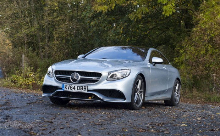 Mercedes S63 AMG Coupe carwitter 700x432 - 2015 Mercedes S63 AMG Coupe Review - Supersized - 2015 Mercedes S63 AMG Coupe Review - Supersized