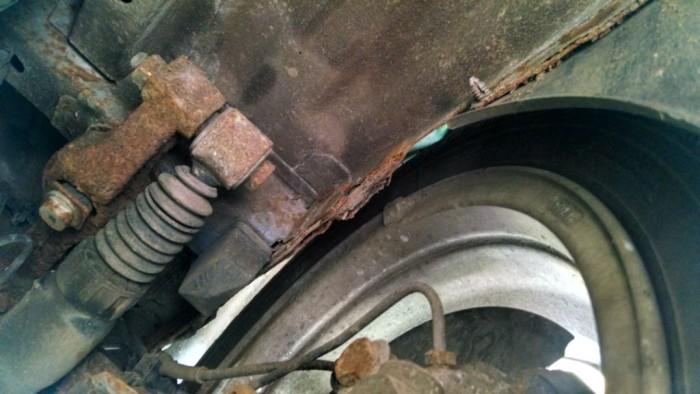 Peugeot 106 GTi - Rear Offside Arch  Rust Leg - carwitter