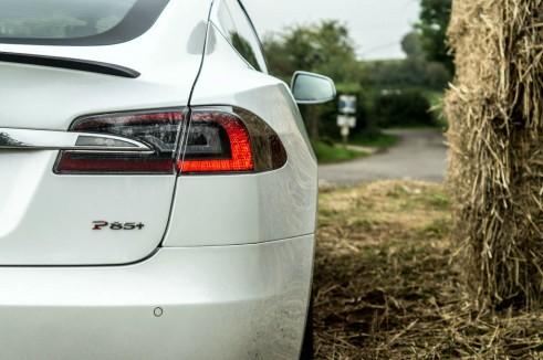 Tesla Model S P85 Plus Review UK Rear Badge carwitter 491x326 - Tesla Model S P85 Plus Review - Speed redefined - Tesla Model S P85 Plus Review - Speed redefined