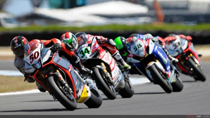 World Superbike r01_guintoli_action-7_full