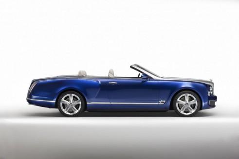635756392176742804 491x327 - Bentley Grand Convertible Concept Revealed Ahead Of LA  - Bentley Grand Convertible Concept Revealed Ahead Of LA