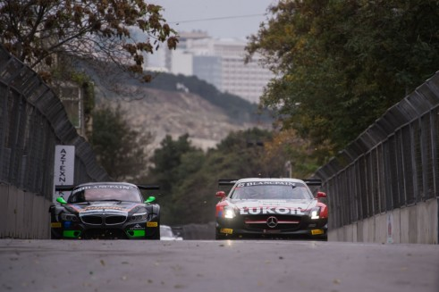 Blancpain Sprint Series Baku battle carwitter 491x327 - Blancpain Sprint Review 2014 - Blancpain Sprint Review 2014