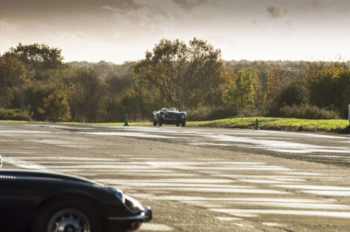 Jaguar Hertiage C-Type on track - carwitter