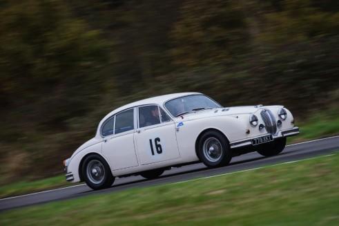 Jaguar Hertiage Mark II - carwitter
