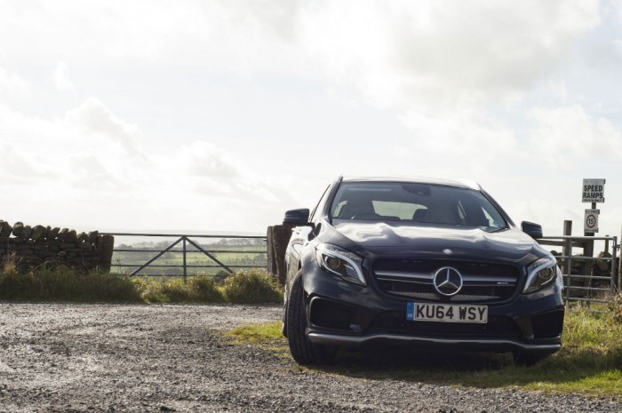 Mercedes GLA45 AMG carwitter 700x465 - Mercedes Benz GLA45 AMG Review - Lifted, not tamed - Mercedes Benz GLA45 AMG Review - Lifted, not tamed