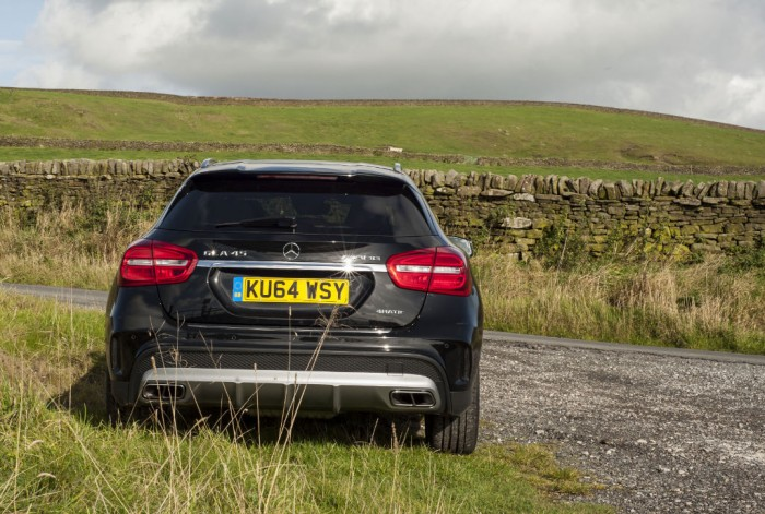 Mercedes GLA45 AMG rear 2 carwitter 700x471 - Mercedes Benz GLA45 AMG Review - Lifted, not tamed - Mercedes Benz GLA45 AMG Review - Lifted, not tamed