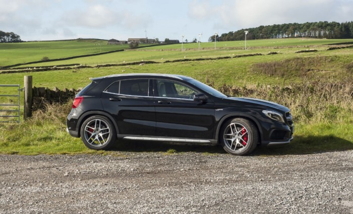 Mercedes GLA45 AMG side carwitter 700x425 - Mercedes Benz GLA45 AMG Review - Lifted, not tamed - Mercedes Benz GLA45 AMG Review - Lifted, not tamed