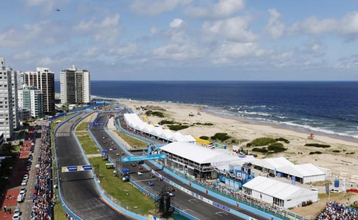 FIA Formula E Punta del Este ePrix 2014 005 700x432 - Formula E – Punta del Este – Buemi Wins Thriller - Formula E – Punta del Este – Buemi Wins Thriller