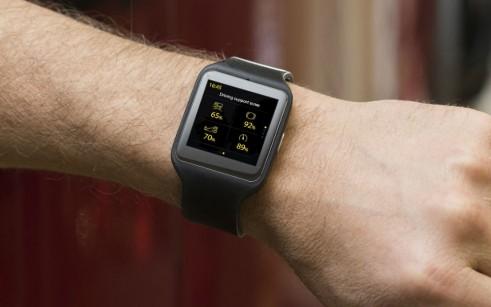 Scania Black Griffin Smart Watch Wearable OIn Wrist - carwitter