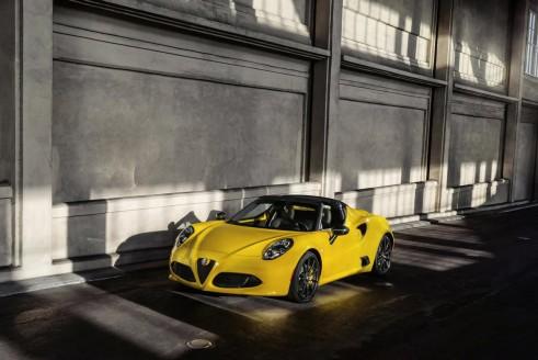 115296318435434164 491x328 - Alfa Romeo 4C Spider Debuts At NAIAS - Alfa Romeo 4C Spider Debuts At NAIAS
