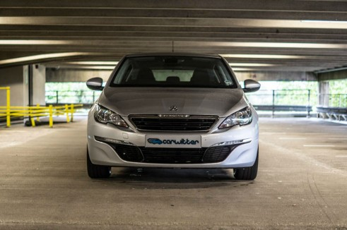 2015 Peugeot 308 1.2 THP - Front - Carwitter