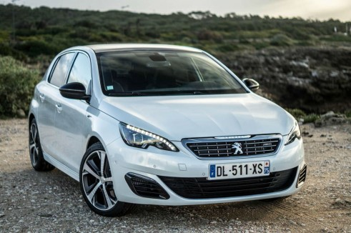 2015 Peugeot 308 GT Review Front Angle Close Carwitter 491x326 - 2015 Peugeot 308 GT Review – Comfy Speed - 2015 Peugeot 308 GT Review – Comfy Speed