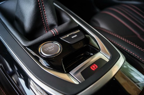 2015 Peugeot 308 GT Review - Start Stop Button - Carwitter