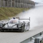 205 Porsche 919 rollout carwitter 144x144 - 2015 Porsche 919 makes track debut - 2015 Porsche 919 makes track debut