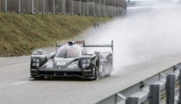 205 Porsche 919 rollout carwitter 260x150 - 2015 Porsche 919 makes track debut - 2015 Porsche 919 makes track debut