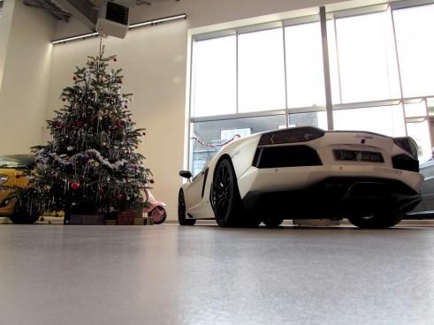 LamborghiniAventadorChristmasMacari1 491x368 - We Visit Joe Macari Performance Cars - We Visit Joe Macari Performance Cars