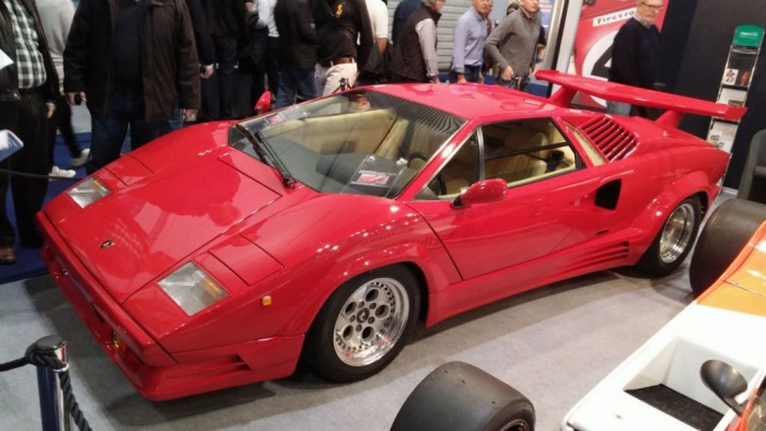 London Classic Car Show Countach - carwitter