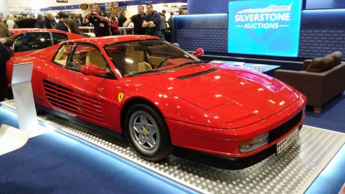 London Classic Car Show Testarossa - carwitter