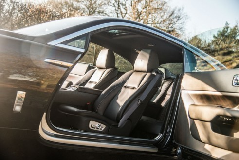 Rolls Royce Wraith Review Front Seats Olgun Kordal carwitter 491x328 - Contribute - Contribute