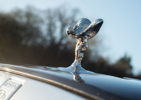 Rolls Royce Wraith Review Spirit Of Ecstasy Olgun Kordal carwitter 491x348 - Rolls-Royce to build a 4x4 - Rolls-Royce to build a 4x4
