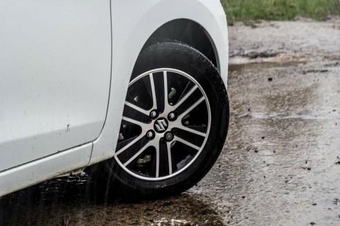 Suzuki Celerior Review - Alloys - Carwitter