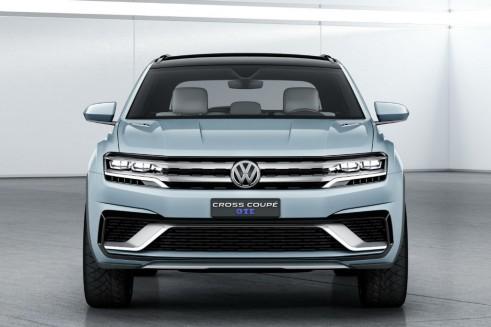 Volkswagen Cross Coupé GTE - Front - carwitter