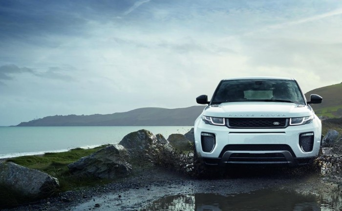 13637257851266851501 700x432 - 2016 Range Rover Evoque Revealed - 2016 Range Rover Evoque Revealed