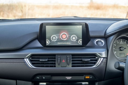 2015 Mazda 6 Review - 7 Inch Infotainment Screen - Carwitter