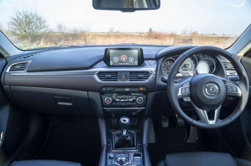 2015 Mazda 6 Review - Dashboard Interior - Carwitter