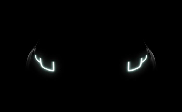 2015 Range Rover Evoque Facelift carwitter 700x432 - Facelift Range Rover Evoque in the works - Facelift Range Rover Evoque in the works
