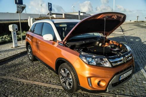 2015 Suzuki Vitara Review Clamshell Bonnet Up Carwitter 491x326 - 2015 Suzuki Vitara Review - 2015 Suzuki Vitara Review