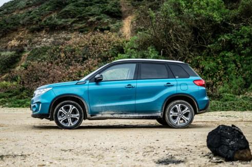 2015 Suzuki Vitara Review Side Carwitter 491x326 - 2015 Suzuki Vitara Review - 2015 Suzuki Vitara Review