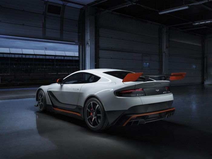 201939274227969373 700x525 - Aston Martin Vantage GT3 Revealed Ahead Of Geneva - Aston Martin Vantage GT3 Revealed Ahead Of Geneva