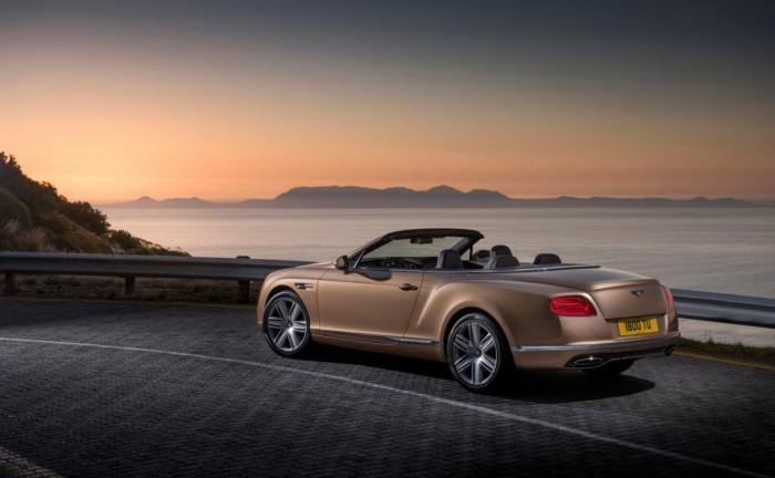 307008741764920265 700x432 - Bentley Continental and Flying Spur Facelifts Revealed Ahead Of Geneva - Bentley Continental and Flying Spur Facelifts Revealed Ahead Of Geneva