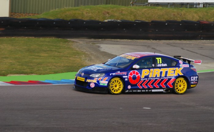 Andrew Jordan Thruxton Test 1 2015 MG 6 700x432 - Carwitter talks to two tin top champions - Carwitter talks to two tin top champions