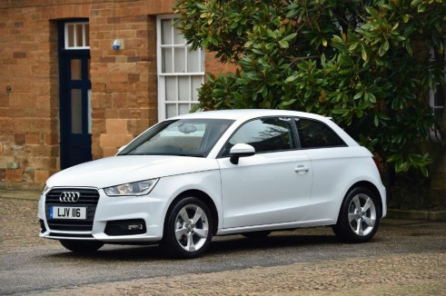 Audi A1 1.0 TFSI - Front - carwitter