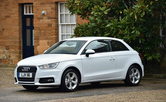 Audi A1 1.0 TFSI Front carwitter 700x432 - Three Cylinder Audi A1 launched - Three Cylinder Audi A1 launched