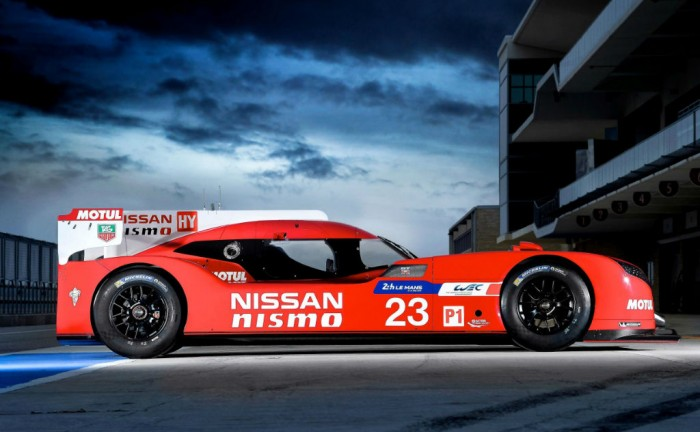 Nissan GT R LM NISMO Side Carwitter 700x432 - Nissan GT-R LM LMP1 Racer Revealed - Nissan GT-R LM LMP1 Racer Revealed