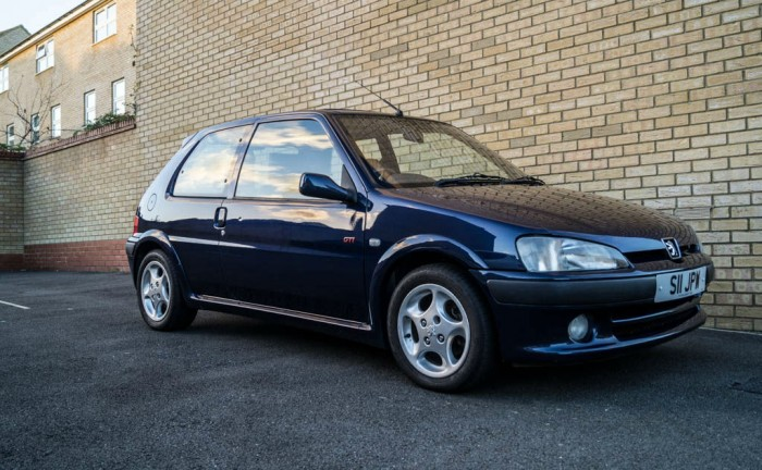 Peugeot 106 GTi Paint Correction Carwitter 18 700x432 - PROJECT 106 GTi - The history - PROJECT 106 GTi - The history