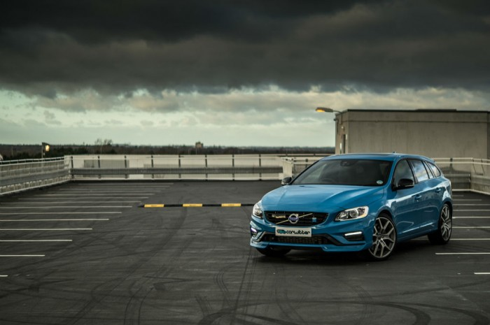 DSC00379 700x465 - Volvo V60 Polestar Review – Savage Swede - Volvo V60 Polestar Review – Savage Swede