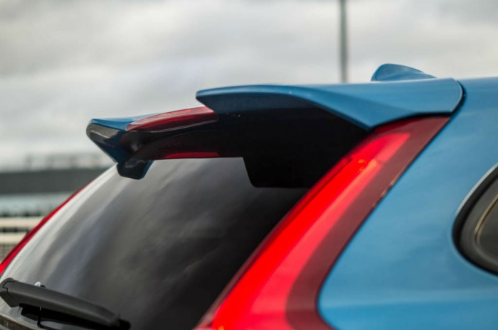 DSC00386 700x465 - Volvo V60 Polestar Review – Savage Swede - Volvo V60 Polestar Review – Savage Swede