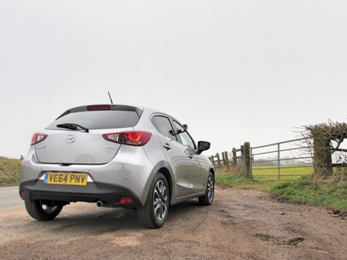 Mazda2Carwitter1 491x368 - 2015 Mazda 2 Review - Another Win - 2015 Mazda 2 Review - Another Win