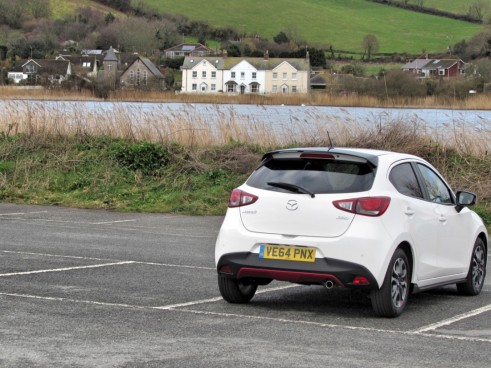 Mazda2Carwitter10 491x368 - 2015 Mazda 2 Review - Another Win - 2015 Mazda 2 Review - Another Win