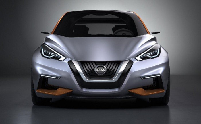 Nissan Sway Concept Front carwitter 700x432 - Nissan Show New Hatchback Direction With the Sway - Nissan Show New Hatchback Direction With the Sway