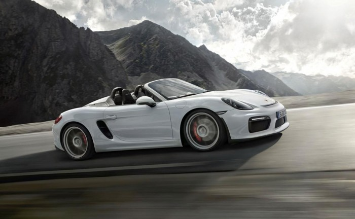 19748478631500838652 700x432 - 2015 Porsche Boxster Spyder Makes NYAS Debut - 2015 Porsche Boxster Spyder Makes NYAS Debut