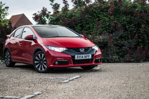 2015 Honda Civic 1.6 iDtec Review Front Angle Low Carwitter 491x326 - 2015 Honda Civic 1.6 i-DTEC Review - 2015 Honda Civic 1.6 i-DTEC Review