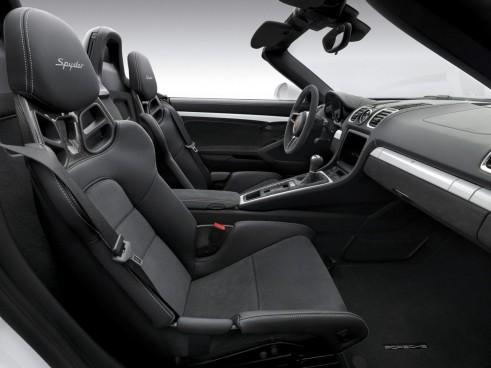 777605229533299325 491x368 - 2015 Porsche Boxster Spyder Makes NYAS Debut - 2015 Porsche Boxster Spyder Makes NYAS Debut